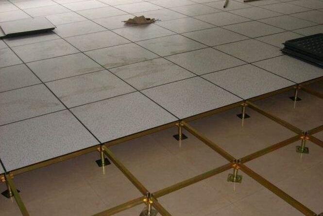 机房pvc架空地板