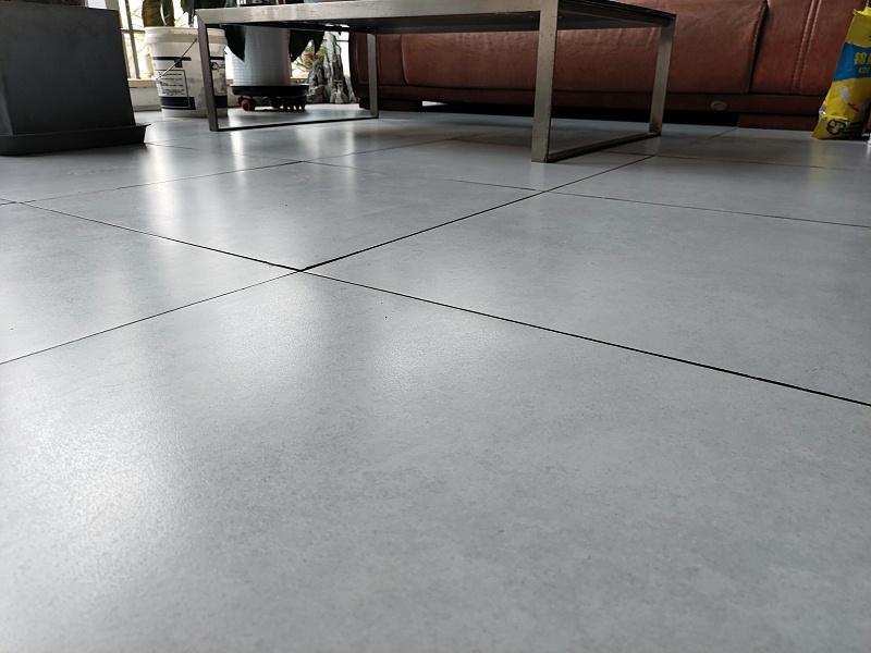 未来星陶瓷防静电地板