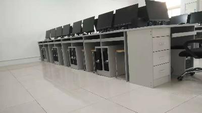 机房防静电地板开裂的原因是什么?该如何挑选?