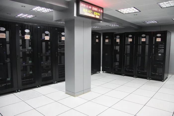 静电地板包含安装多少钱一平米