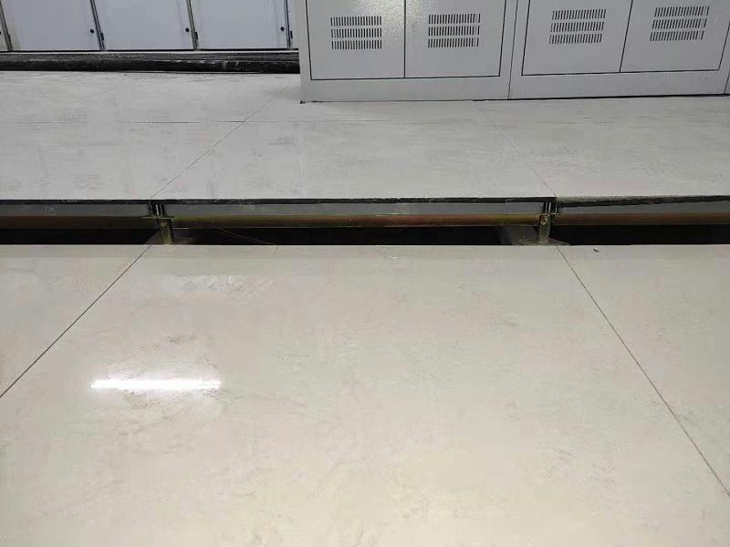 800*800陶瓷防静电地板