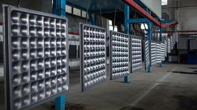关于西安防静电地板厂家,比较有深度的一篇文章,可以看一下