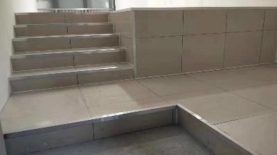 机房防静电地板的台阶如何做?