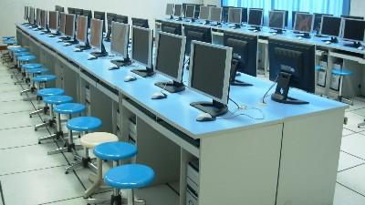 计算机教室防静电地板,应该怎么选