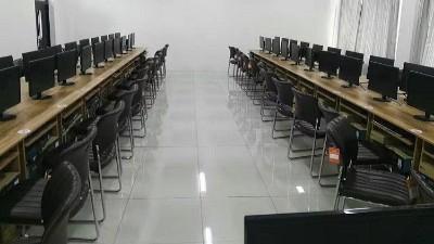 西安市场上静电地板包括安装多少钱一平米?