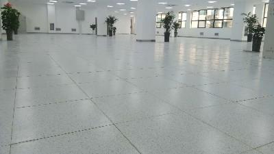 直铺陶瓷防静电地板怎么施工,和架空防静电地板有什么区别