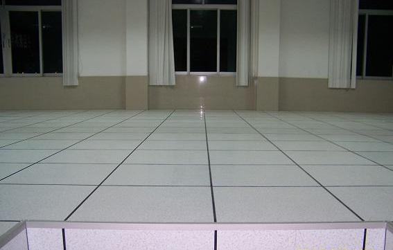 全钢防静电地板安装效果图