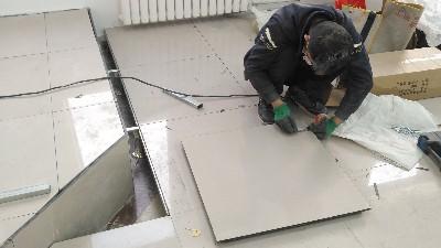 未来星地板为您解答机房防静电地板施工工艺流程